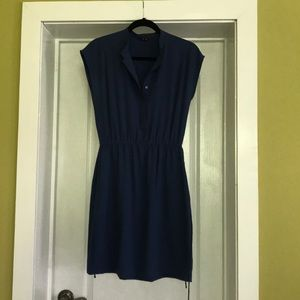 Blue Theory dress size Small